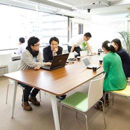 シェアオフィスcoloco神戸三宮フリースペース